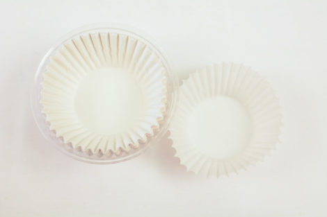 Large Baking Cups (100)